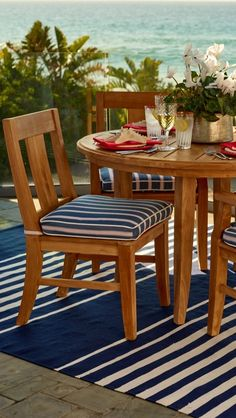 Handcrafted from premium teak, our Melbourne Dining Collection will stand the test of time and the elements.