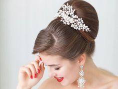 Bridal hair comb. Crystals bridal hair comb. Wedding hair comb. Bridal Headpiece. Pearl bridal hair comb. Bridal Hair Accessory.