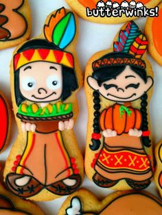 Little Indian boy & girl. Fall Decorated Cookies, Fall Cookies, Iced Cookies, Royal Icing Cookies, Sugar Cookies, Indian Thanksgiving, Thanksgiving Cookies, Indian Cookies, Indian Feathers