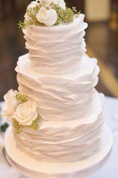 Fancy Wedding Cakes, Blush Wedding Cakes, Fondant Wedding Cakes, Floral Wedding Cakes, Wedding Cake Designs, Fondant Cakes, Cupcake Cakes, Cupcakes, Shoe Cakes