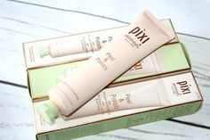 Pixi Peel and Polish Resurfacing Treatment Oily Skin Care, Skin Care Tips, Dry Skin, Skin Peeling On Face, Clear Skin Diet, Skin Mask, Pixi, Hair Gel, Skin Tightening