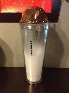starbucks tumbler travel cold cup plastic Crystal Red.Rosd.24oz nice popular cup