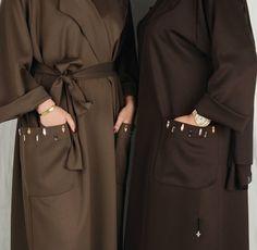 Beautiful in Black: Photo Modest Fashion Hijab, Hijab Chic, Abaya Fashion, Muslim Fashion, Kimono Fashion, Fashion Outfits, Womens Fashion, Abaya Designs, Modest Wear