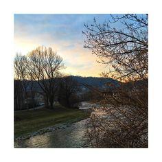Es geht nichts über einen Nachhauseweg der Sihl entlang 💙  #lebeninadliswil #livinginadliswil #lebenimsihltal #sihl #adliswil… Country Roads, Instagram, Life