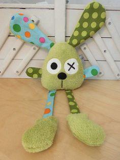 Doudou lapin grandes pattes - vert et bleu : Jeux, peluches, doudous par melomelie: