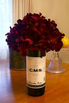 Cutting a wine bottle to make a vase