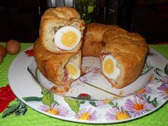 non sarà mai una Pasqua perfetta se in tavola mancherà il casatiello napoletano,una delizia incomparabile.Non fatevelo mai mancare