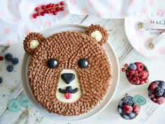 Süßer Kindergeburtstag mit Brummbär-Schoko-Torte