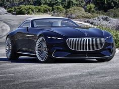 At this year's gathering of the most magnificent classic cars at Pebble Beach in California, Mercedes-Benz is once again set to present a highlight: the Vision Mercedes-Maybach 6 Cabriolet. Mercedes Benz Maybach, Maybach Coupe, Mercedes Sport, Bmw Sedan, Cadillac, Cabriolet, Pebble Beach, Sexy Cars, Amazing Cars