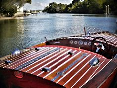 I utterly adore old classic wooden runabouts like this one, the Noosa Dream