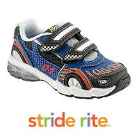 Minnie Driver and son Henry sighted with Stride Rite Vroomz Racecar Shoes http://www.jewelsandpinstripes.com/blog/2012/10/26/celebrity-sighting-minnie-driver-and-son-henry-with-stride-rite-vroomz-racecar-shoes/#