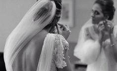 Getting Ready! ✨ Wedding Dress #AtelierCarlaGaspar