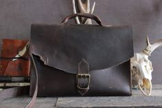 "Leather Briefcase Messenger Bag ""OLD FAITHFUL"" by Willow Creek Leather Co."