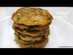 Falahari Cheela Recipe | How To Make Crispy Aloo Cheela Recipe