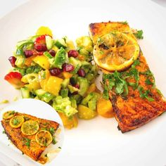 This baked salmon is the easiest recipe you can make with fresh salmon. Served with a side salad and crispy potatoes this makes the perfect lunch or dinner in under 30 minutes #bakedsalmon #salmon #fish #easysalmon #salmoninfoil #cookingsalmoninfoil #ovenbakedsalmon #easybakedfish #brownsugarsalmon #fishrecipes #salmonrecipes Baked Fish Fillet, Oven Baked Salmon, Baked Salmon Recipes, Fish Recipes, Glazed Salmon, Healthy Recipes, Cooking Salmon In Foil, Tandoori Fish, Delicious Dinner Recipes