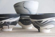 Schalen in Schwarz-Weiß