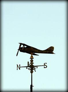 Avioneta en Necochea, Buenos Aires. Utility Pole, Weather Vanes, Buenos Aires