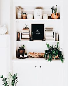 Most Neglected Fact About Shelf Decor Living Room Bookshelf Styling Revealed - waddenhome House Design, Home Decor Inspiration, Room Decor, Decor, Interior Design, House Interior, Home, Shelf Decor, Home Decor