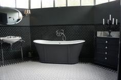 Emaux de Briare, la référence de la mosaïque française: Noir et blanc
