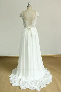 BMbridal Gorgeous Appliques Chiffon Wedding Dress White Shortsleeves A-line Bridal Gowns On Sale | BmBridal