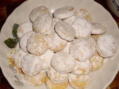 Canistrelli with pistachios - HQ Recipes Filled Cookies, Czech Recipes, Dried Apricots, Sifted Flour, Pistachio, Pavlova, Raisin, Quick Easy Meals, Christmas Cookies