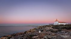 """The Lonely Lighthouse"" #algarve #algarvealive #algarvecoast #algarveportugal #ferragudo #portugal #farol #lighthouse #dawn #morning #summer #cliffs #madrugada #amanhecer #portugal_lovers #portugalframes #portugalalive #portugal_de_sonho #portugaldenorteasul"