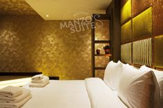 Gold Rooms, Rainfall Shower, King Size, Wall Lights, Luxury, Home Decor, Appliques, Wall Fixtures, Interior Design