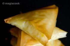 Τυροπιτάκια με φύλλο κρούστας | magiacook Pita Recipes, Greek Recipes, Greek Pita, Snacks, Baking, Ethnic Recipes, Food, Youtube, Kitchens