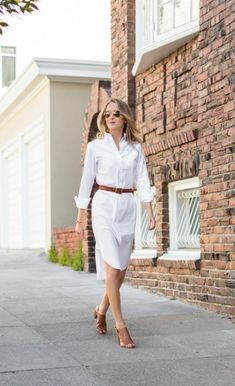 White shirt dress with slim belt summer office outfits, spring outfits, casual chique, Womens Fashion Casual Summer, Summer Fashion Trends, Summer Fashion Outfits, Women's Fashion Dresses, Spring Summer Fashion, Spring Outfits, Chic Outfits, Fashion Ideas, Summer Office Outfits