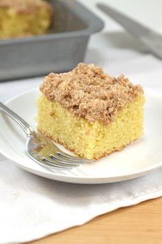 Skinny Cinnamon Crumb Coffee Cake - perfect Easter brunch recipe!