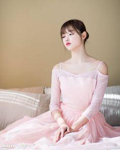 Kpop Girl Groups, Kpop Girls, Oh My Girl Yooa, Girls Generation, Red Velvet, Baby Dolls, Tulle, Flower Girl Dresses, Photoshoot