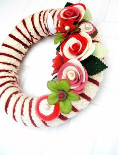 Amazing felt wreath maker on Etsy