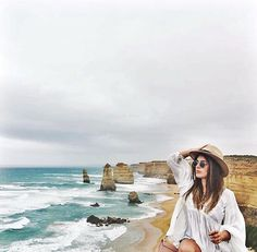 """Que tu memoria sea tan mala que solo logres recordar lo bueno "" - @dulceida #efmoment #australia #12apostles #beachlife #summertime #landscape #skyline #explore #adventure #travel #nature by efvenezuela http://ift.tt/1ijk11S"