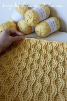 Cable Tryst Throw pattern by Lisa van Klaveren - - Cable Tryst Throw pattern by Lisa van Klaveren Crochet Baby Blankets Ravelry: Cable Tryst Throw-Muster von Lisa van Klaveren Crochet Hook Sizes, Crochet Hooks, Tunisian Crochet, Knit Crochet, Crotchet, Crochet Cable Stitch, Crochet Leg Warmers, Cable Knitting, Chunky Crochet