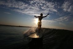 that feeling of freedom Dream Vacation Spots, Dream Vacations, Cool Photos, Beautiful Pictures, Summer Surf, Le Jolie, Basque Country, Longboarding, Sea And Ocean