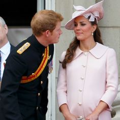 Prince Harry and Kate Middleton - Royal Family's Cutest Brother-Sister Moments 9 - First for Women Prince Harry Kate Middleton, Prince Harry And Kate, Looks Kate Middleton, Princesse Kate Middleton, Prince William Family, Prince William And Catherine, William Kate, Brother And Sister Relationship, Brother Sister