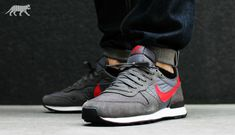 Nike Internationalist Retro 2014 - Tags: sneakers, low-tops, gray, red, on feet, cuffed denim