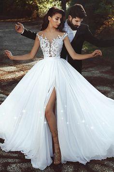 Graceful Tulle & Chiffon Jewel Neckline A-line Wedding Dress With Lace Appliques & Slit