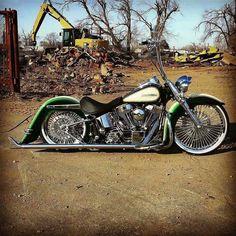 Harley Softail, estilo low raider.
