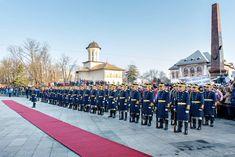 În data de 24 ianuarie 2019, se împlinesc 160 de ani de când Moldova şi Ţara Românească s-au unit sub conducerea unitară a domnitorului Alexandru Ioan Cuza, motiv pentru care, în Piaţa Unirii din municipiul Focşani, se vor desfăşura o serie de manifestări cultural – artistice și ceremonialuri militare și religioase dedicate acestei zile. Dolores Park, Sidewalk, Artist, Travel, Viajes, Side Walkway, Artists, Walkway, Destinations