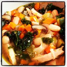 My version...roasted garlic kale white bean soup with chicken