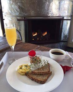 Breakfast at Greenporter Hotel is always a treat #mimosa #breakfast #fire