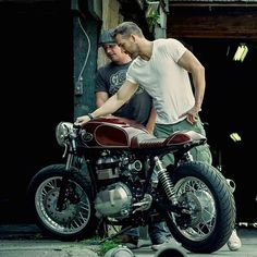 """""""@caferacergram by CAFE RACER www.facebook.com/caferacers #caferacergram #caferacer #caferacers Dustin of @kottmotorcycles and Ryan Reynolds…"""""""