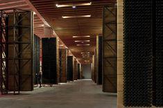 La arquitectura se pone al servicio del vino en edificios que dialogan con los viñedos españoles