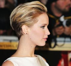 Come See Jennifer Lawrence's New Haircut Styled Two Ways (Woot for Versatility!)