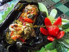 Pepes Ayam Sunda Bumbu Kuning - Resep Masakan Indonesia