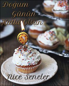 Birthday Messages – Wish Letter - Geburtstag Happy Birthday Cupcakes, Happy Birthday Celebration, Happy Birthday Gif Images, Birthday Photos, Birthday Wishes Quotes, Birthday Messages, Happy B Day, Birthday Candles, Birthdays