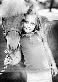 I had a pony like this growing up....she use to buck me off but I learned to ride pretty darn good~Maw Jory