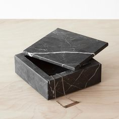 We partner with artisans to create modern goods for the well-traveled home. Marble Candle, Marble Tray, Chuck Box Plans, Modern Jewelry Box, Marble Jewelry, Diy Home Decor On A Budget, Candle Holder Set, Black Marble, Carrara