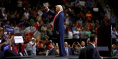 Protesters Ejected From Donald Trump Rally After Holding Up Pocket Constitutions